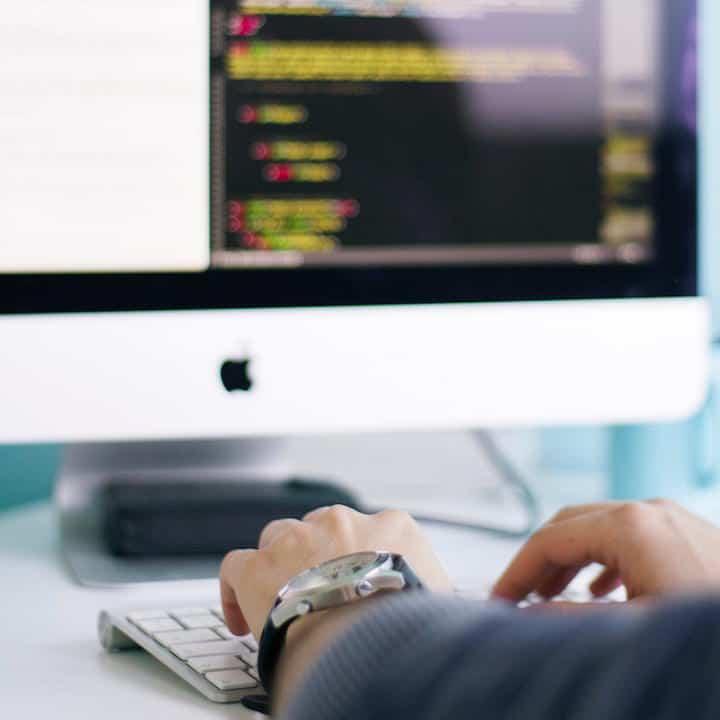 Usability ist ein Indiz für Qualität, sagen Kunden in einer Studie. Entwickler sollten daher schon früh auf die leichte Nutzbarkeit ihrer Software achten.
