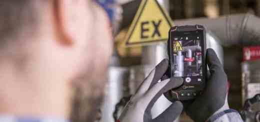 Das i.safe Mobile Smartphone IS520.1 ist eine von drei Neuheiten, die der Ex-Schutz Spezialist auf der Achema 2018 vorstellt