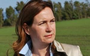 Post referendum. In Sardegna si dimette anche l'assessora Elisabetta Falchi