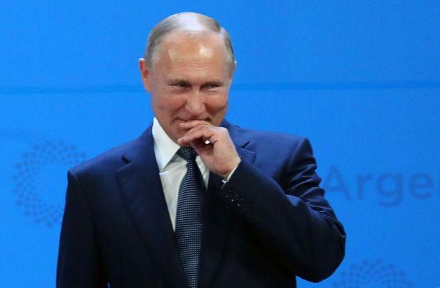 """Francia """"Gilet gialli? Riecco il grande alibi:  """"è stato Putin"""""""