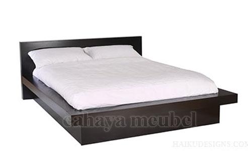 Tempat Tidur Modern Kayu Jati