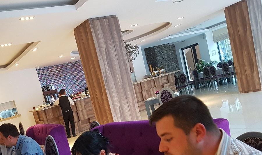 restaurant terasa gradină restaurant Casa Brândușa