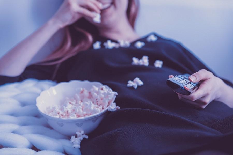 pericolele din popcornul la microunde