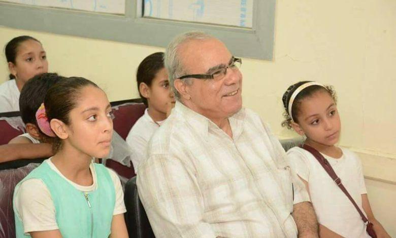 الكاتب أحمد زحام