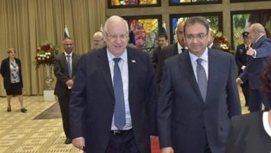 سفير مصر بإسرائيل: القاهرة ملتزمة بتحقيق السلام في الشرق الأوسط