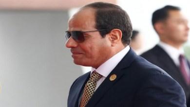الرئيس السيسي يستقبل نظيره السوداني بمطار شرم الشيخ