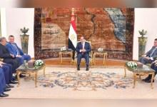 الرئيس السيسي مع وفد جامعة بوخارست