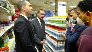 محافظ كفر الشيخ ونائبه يتفقدان دلتا ماركت للاطمئنان على توافر السلع الغذائية