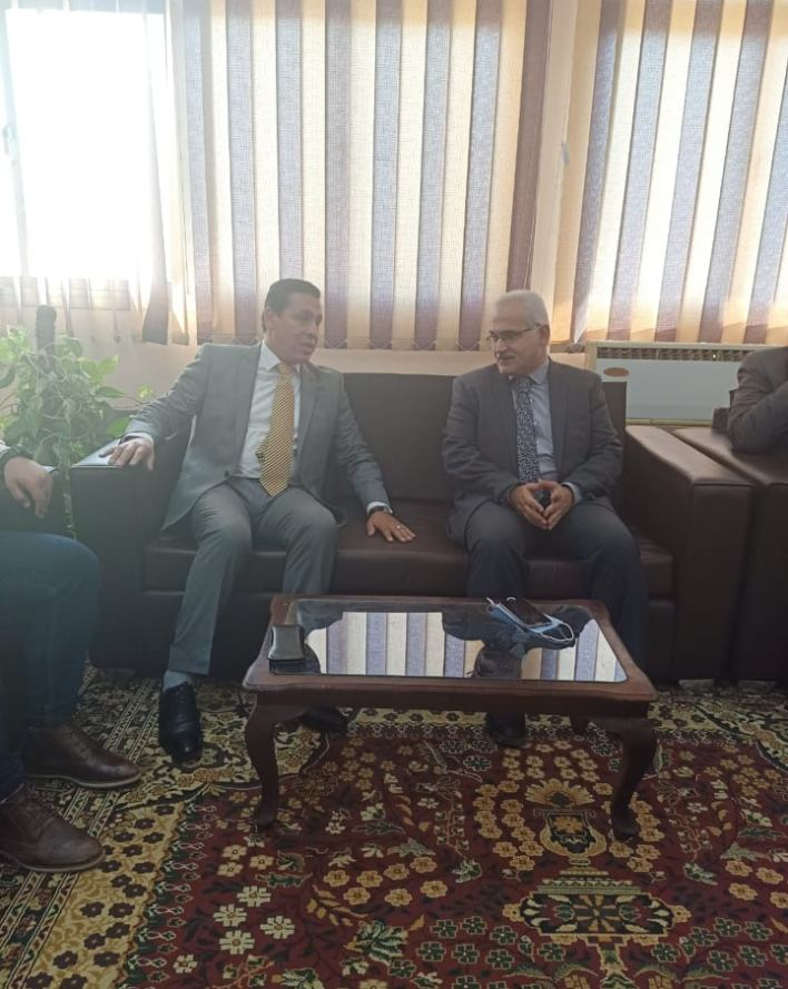 الدكتور هشام العناني مع الدكتور رضا عبد السلام
