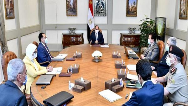 الرئيس السيسي يتابع الوضع الراهن لانتشار فيروس كورونا