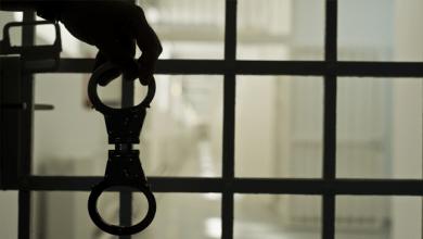 الجنايات تقضي بالمؤبد لمسجل خطر ذبح صاحب محل بمدينة السلام