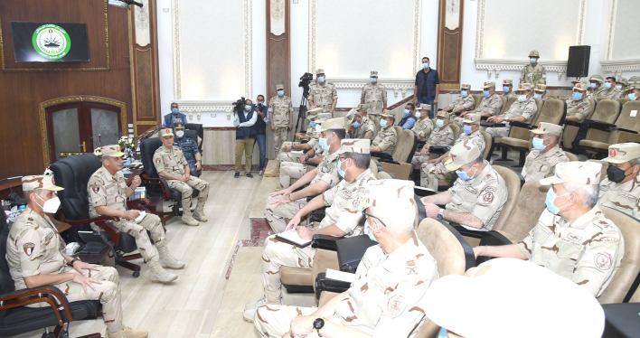 وزير الدفاع يشهد مشروع الجيش الثالث الميداني تيمور 14