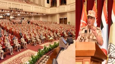 وزير الدفاع يلتقي الضباط المعينين لتولي الوظائف القيادية بالقوات المسلحة