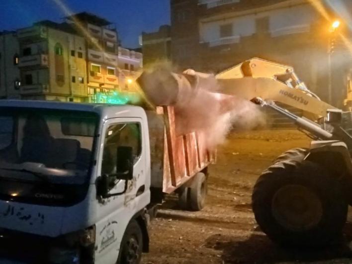 مركز ومدينة بيلا يرفع كميات كبيرة من تراكمات القمامة في حملة نظافة ليلية