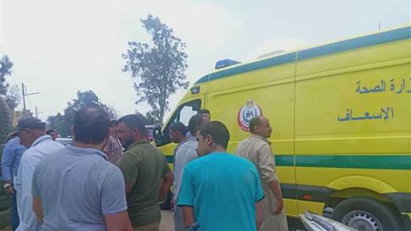 إصابة 4 أشخاص في حادث تصادم سيارتين ببلطيم