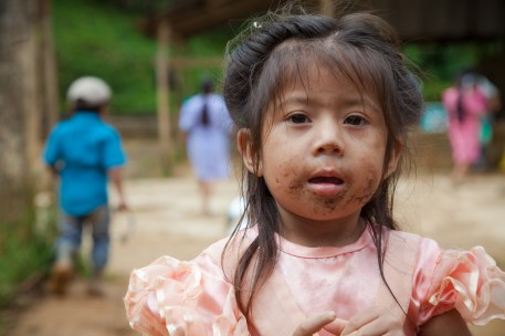 A young child who lives on a coffee plantation in Honduras