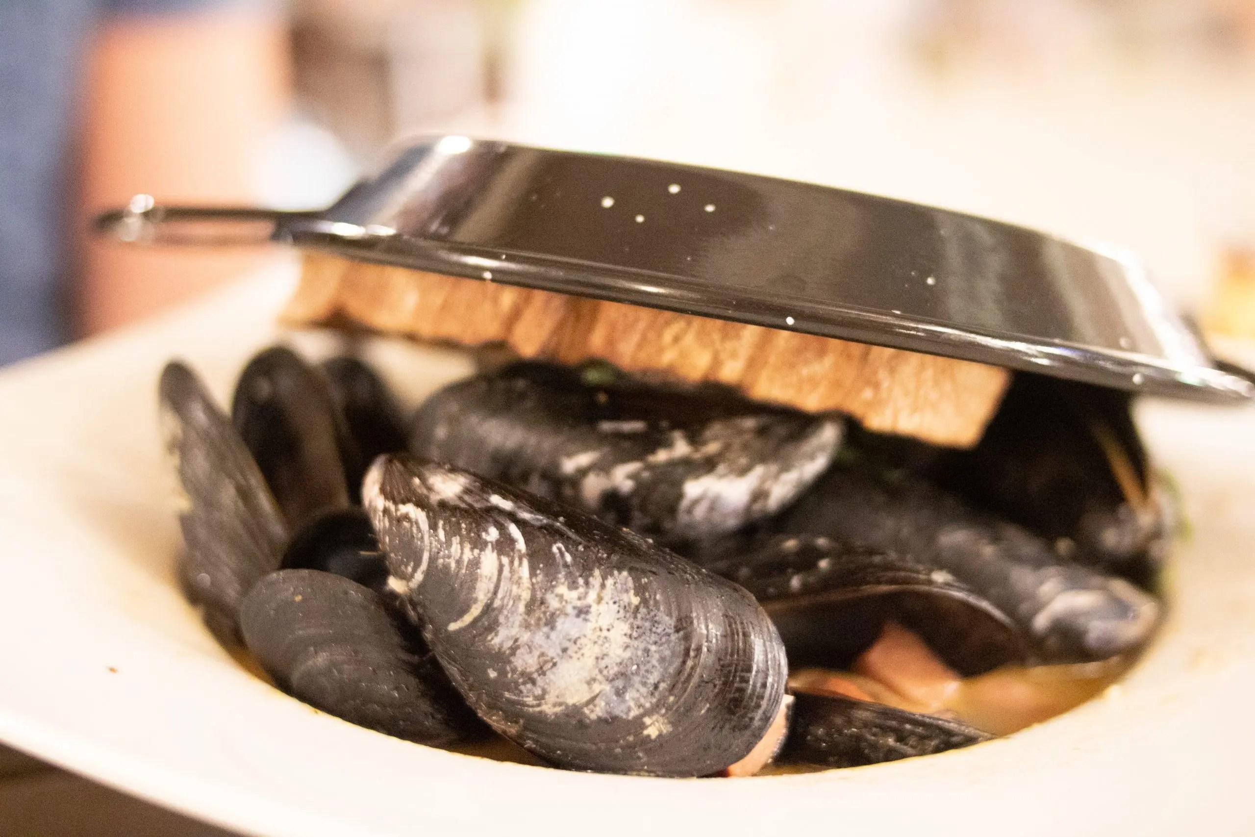 Ocean-Edge-Resort-Fall-Visit-Chatham Mussels