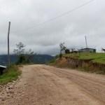 Culminó bacheo y mantenimiento de carretera El Empalme – Santa Cruz