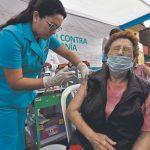 Las vacunas de tres laboratorios se probarán en Perú en setiembre