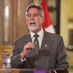 """Francisco Sagasti: """"No dudaremos en denunciar a quienes hagan uso indebido de las vacunas"""""""