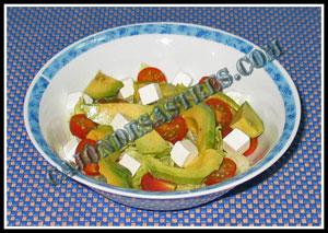 receta de ensalada de aguacate y queso