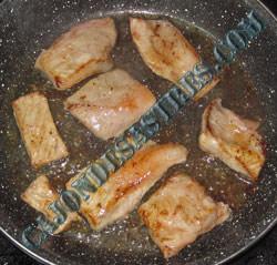 tostas secreto cerdo alioli y cebolla caramelizada