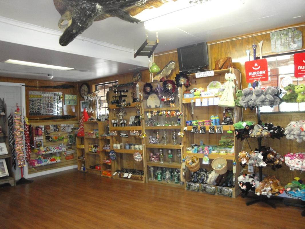 Gift Shop Cajun Pride Swamp Tours