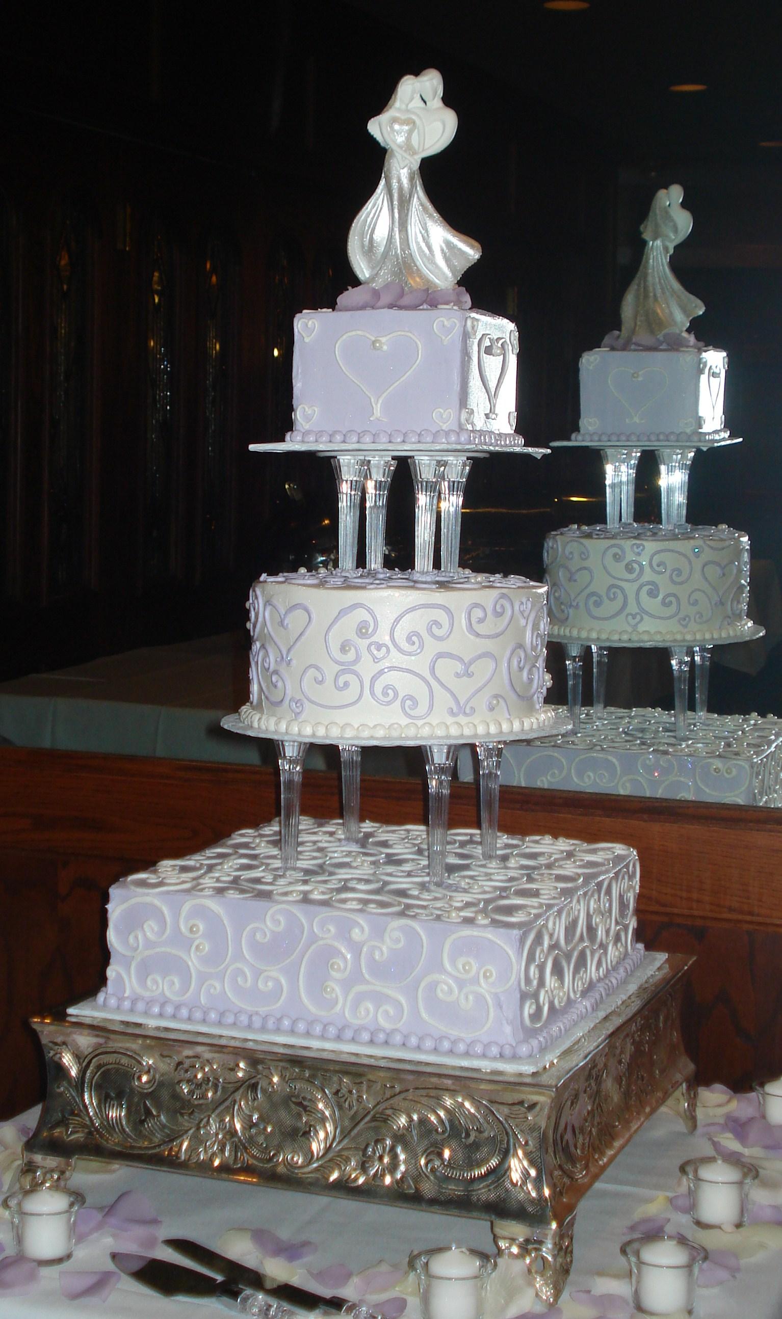 Stand Wedding Cakes