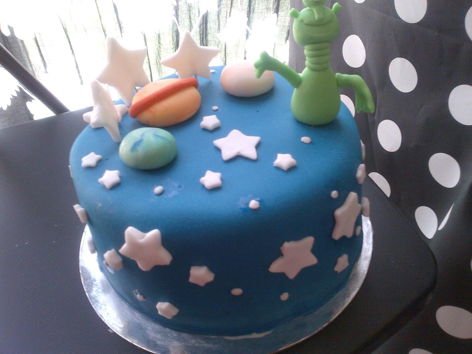 Space Birthday Cakes
