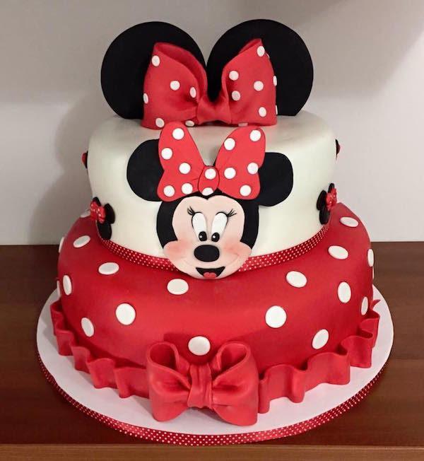 Torta Minnie In Pasta Di Zucchero Tante Idee Di Cake Design