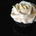 Black Sesame Cupcakes with Butter Roux Frosting