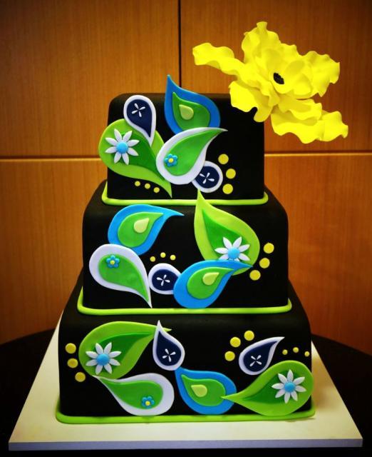 Unique 3 Level Black Cake With Green Raindrops Decor And