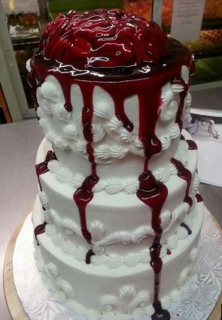 2015 Zombie Wedding Cake With Bleeding BrainJPG
