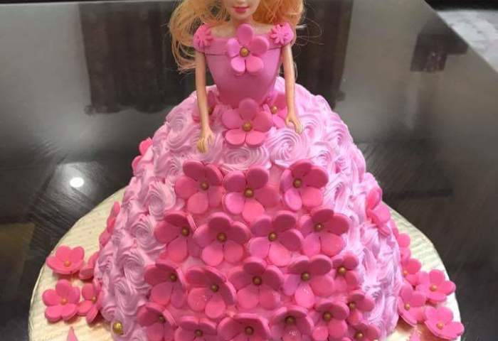 Buy Barbie Doll Kids Cake Online At Fair Price Cakescompk