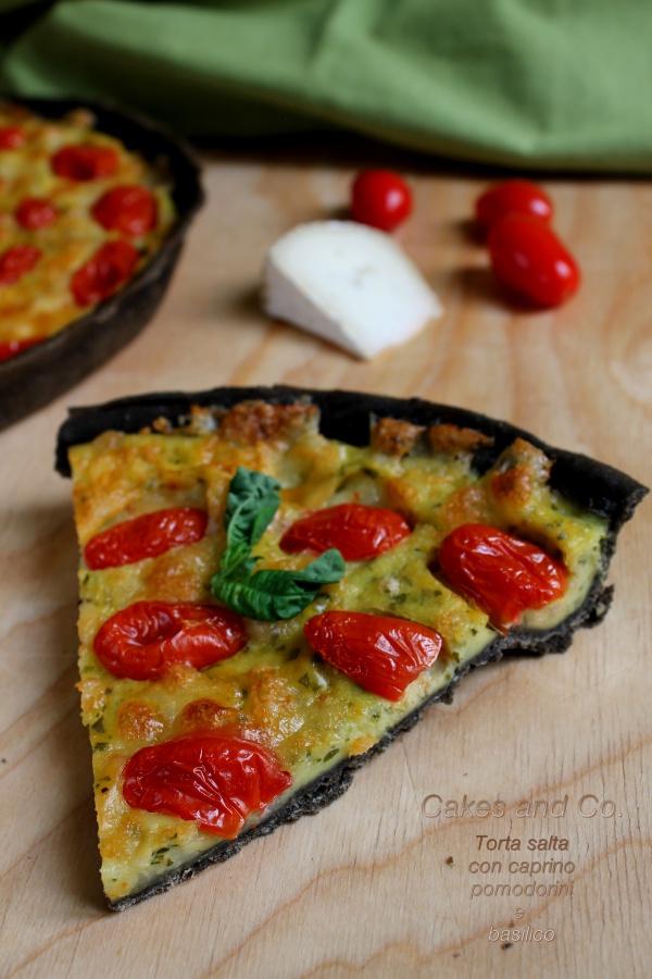 Torta salta con caprino pomodorini e basilico