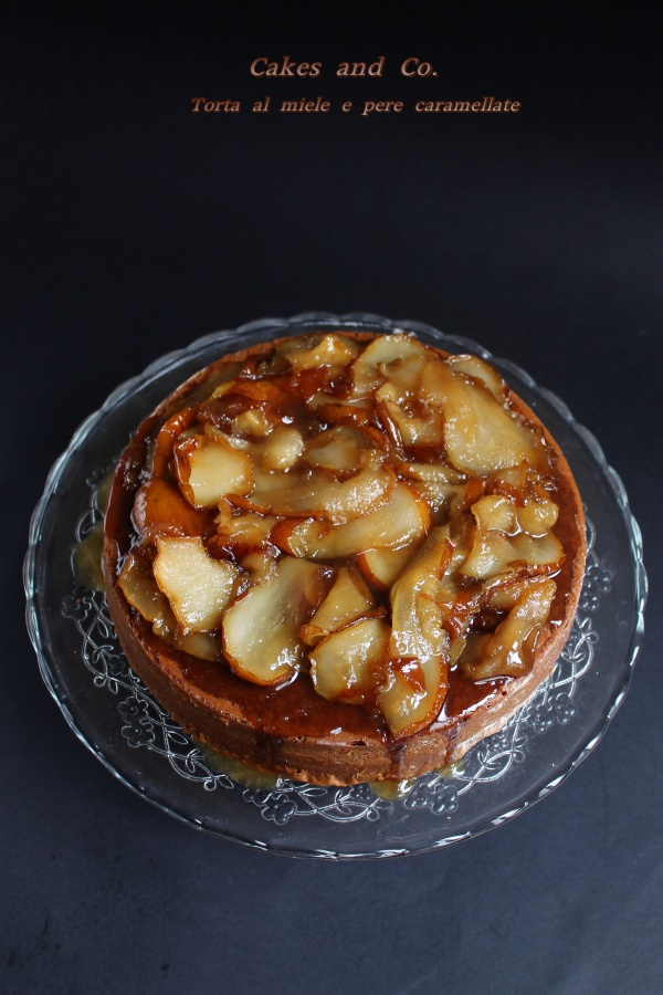 Torta la miele e pere caramellateIMG_0025