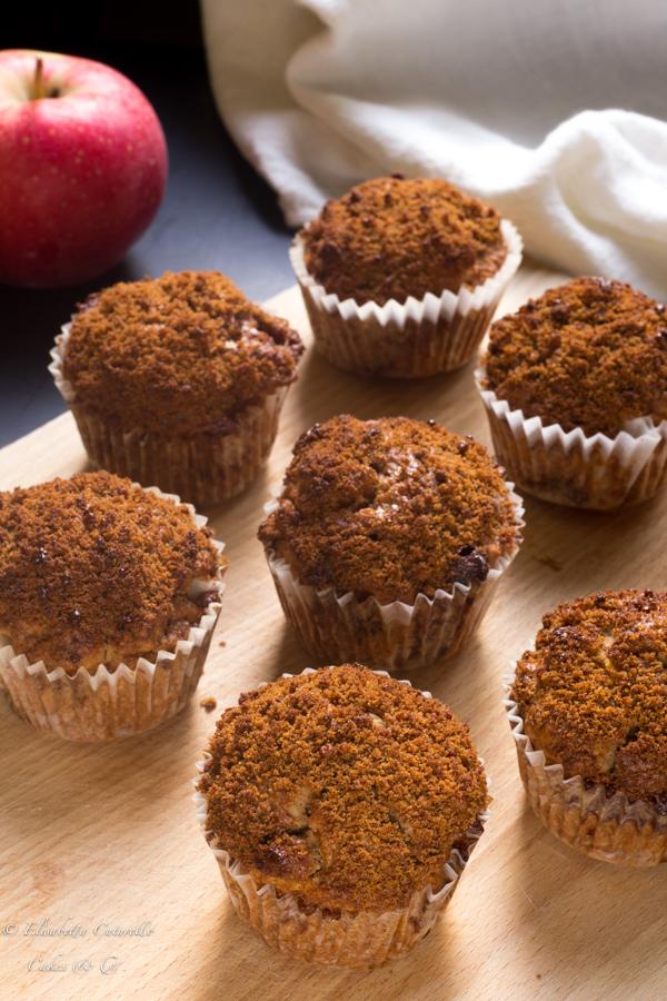 Muffins mele noci e cannella soffici profumati dolcetti tratti dal libro di California Bakery e benvenuto autunno!