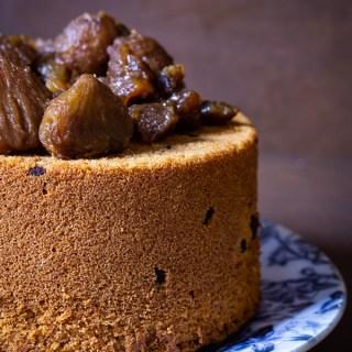 Chiffon cake alle castagne e gocce di cioccolato
