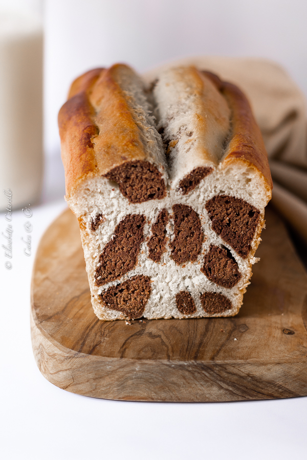 Pane al latte leopardato