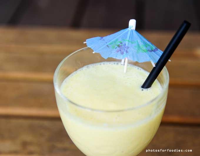 mango-kokosmelk-smoothie-met-limoen