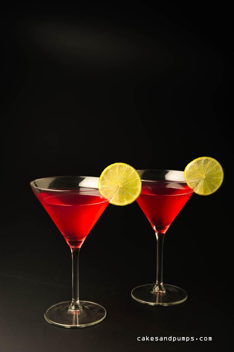 Cosmopolitan cocktail voor cocktail friday op cakesandpumps.com
