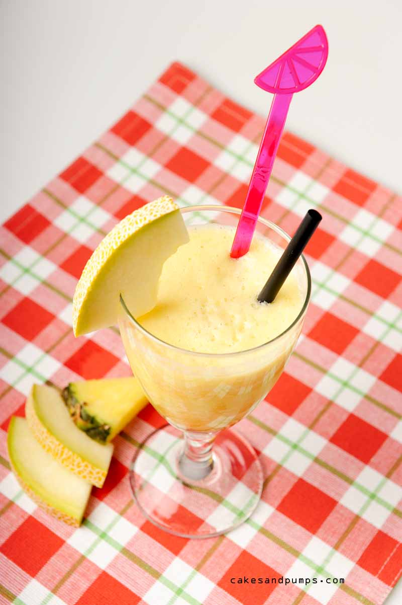 For Sunday Smoothie a Melon Pineapple smoothie
