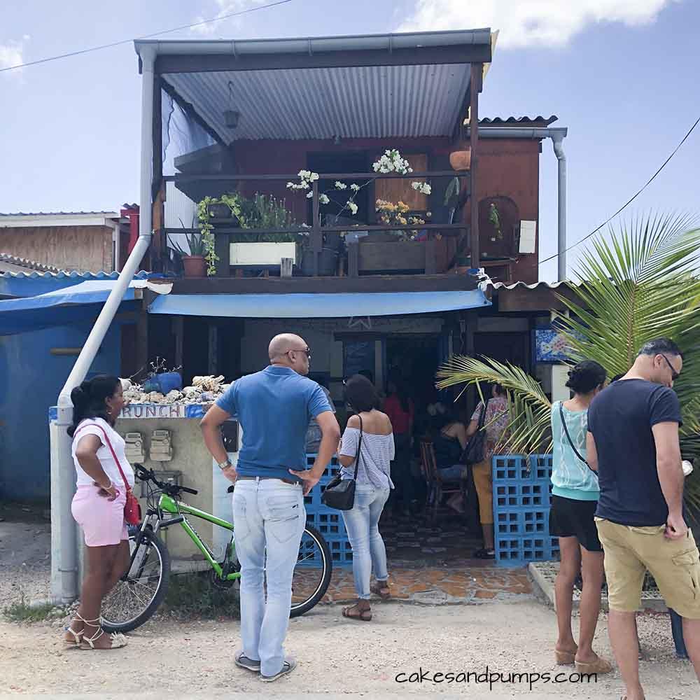 Front of Purunchi Curacao, cakesandpumps.com