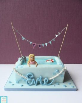 Evies Swimming pool cake