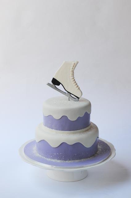 ice-skating-cake-2
