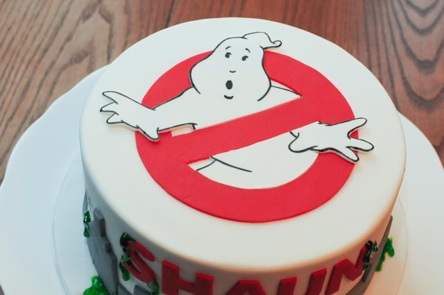 Ghostbusters Logo Cake