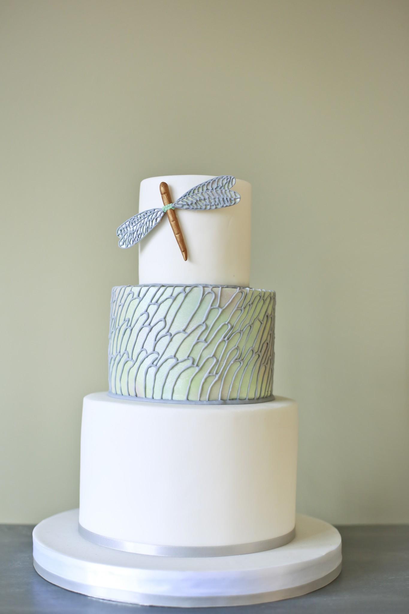 Modern Wedding Cake Cakes By Robin