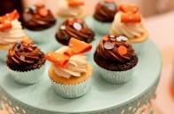 cupcake bakery portland or, little boy cupcakes, bow cupcakes, chocolate cupcakes portland
