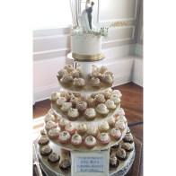 Cutting cake, gold wedding cupcakes