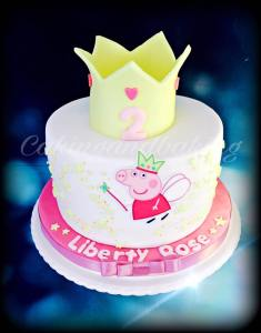 Peppa Pig Crown Cake